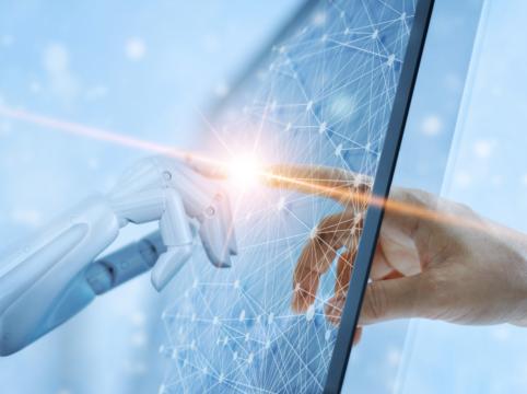 Un partenariat de recherche entre le LISN et l'entreprise DAVI The Humanizers, visant à améliorer la relation client et l'expérience utilisateur en ligne